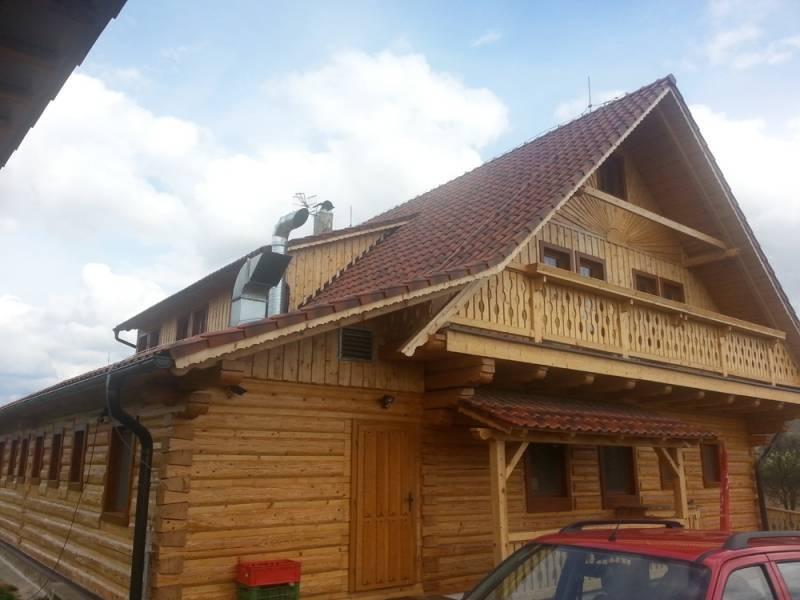 Keramická strešná krytina Röben piemont rustikálna - realizácia strechy Velke Teriakovca