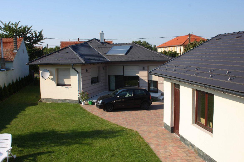 Realizácia strechy - betónová strešná krytina Terran Zenit EVO carbon